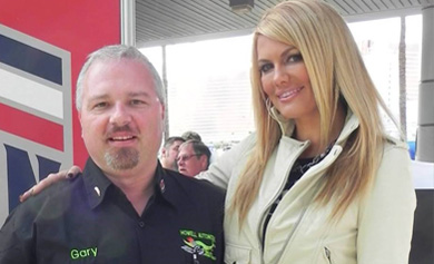 Delegate Howell with automotive media personality Courtney Hansen at the 2013 SEMA Show.
